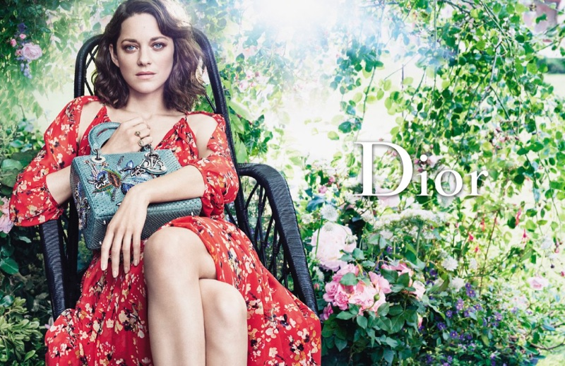 lady-dior-resort-2017-marion-cotillard-4